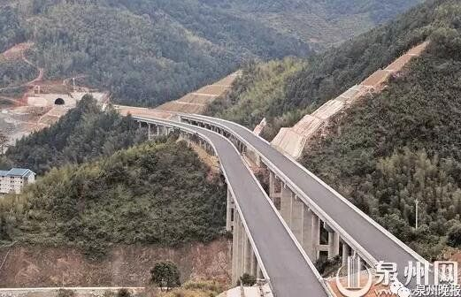 厦沙高速公路泉州德化段项目现场 (徐艺星 摄)