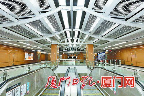 地铁1号线岩内站的内部装修已基本完成