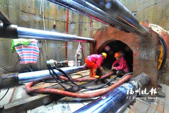 洋里三期厂外管网(第8标段),全线用非开挖技术,以减少对路面交通的影响。