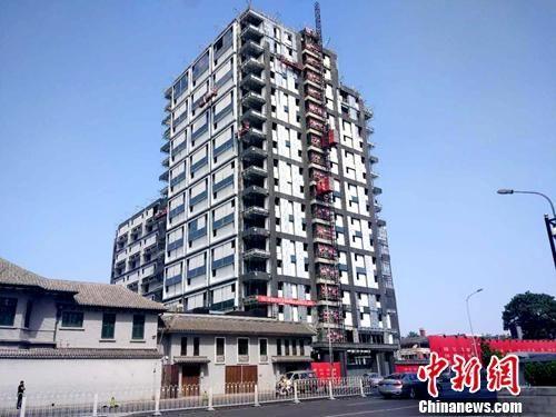 北京一处正在建设的楼房。中新网记者 李金磊 摄