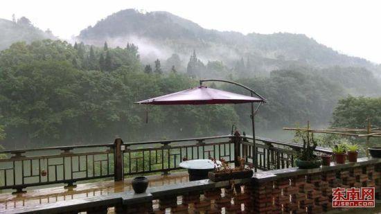 充满灵性的武夷山,是许多人向往的心灵栖息地。