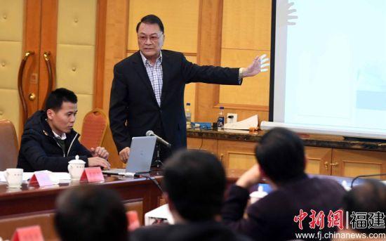 出席论坛的美国约翰霍普金斯大学博士倪慰祖做《美国医养结合模式做法及启示》的主旨演讲。