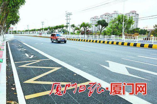 同南路在改造中取消侧分带,从双向四车道升级到双向六车道。