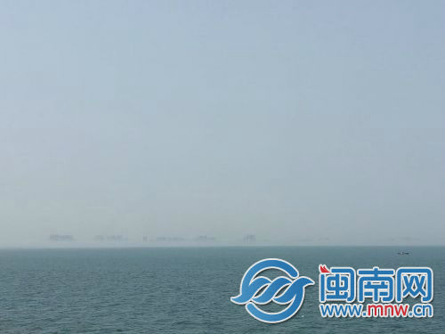 跑船务者远距离拍到海市蜃楼(图片由市民提供)