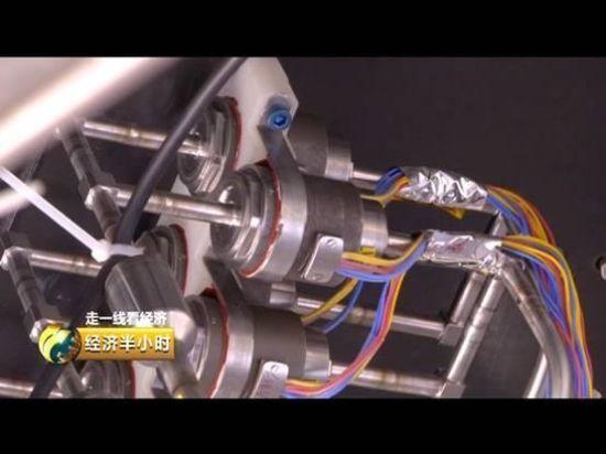 发动机组件