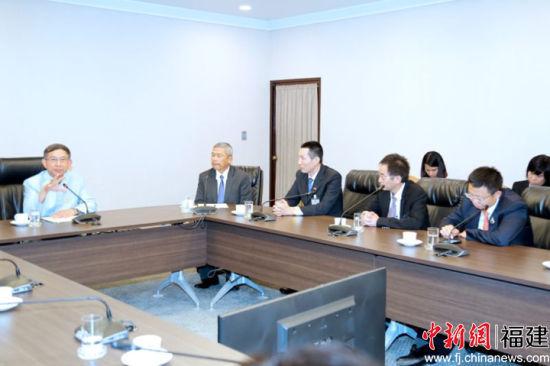 双方座谈。泰中侨商联合会供图