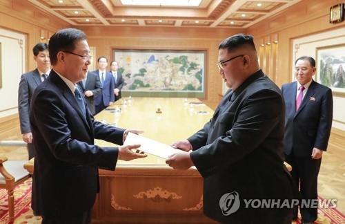 保室室长郑义溶向朝鲜最高领导人金正恩转达