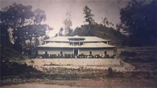 上世纪30年代崇文小学校舍