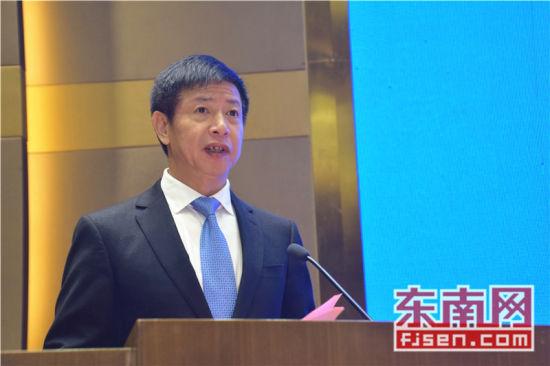 泉州市委常委、晋江市委书记刘文儒致辞。