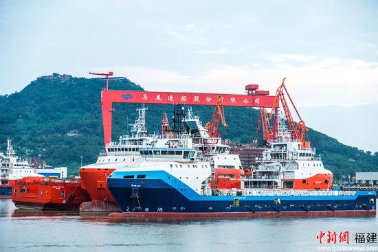 """曾金柱说,位于""""海丝""""起点的马尾造船厂正借力扬帆,志在闯荡五洲。李南轩摄"""