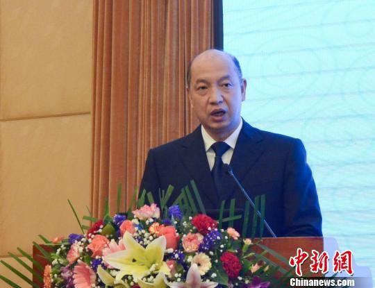 福建省副省长郑建闽在会议中致辞。 夏惠娟 摄