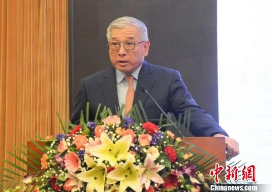 吴亦圭对古雷合资项目进展情况及对未来发展方向建议进行了发言。 夏惠娟 摄