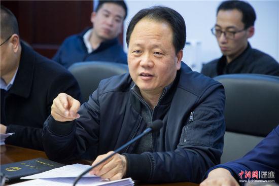 方建平表示, 漳州市委统筹谋划,积极探索,扎实推进军民融合深入发展。李南轩 摄