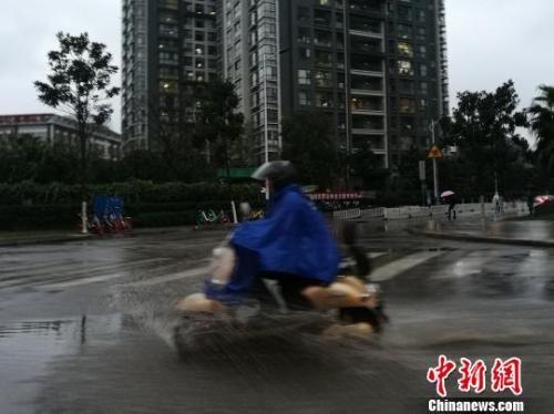 中国气象局:2018年全国平均气温较常年升高0.5℃