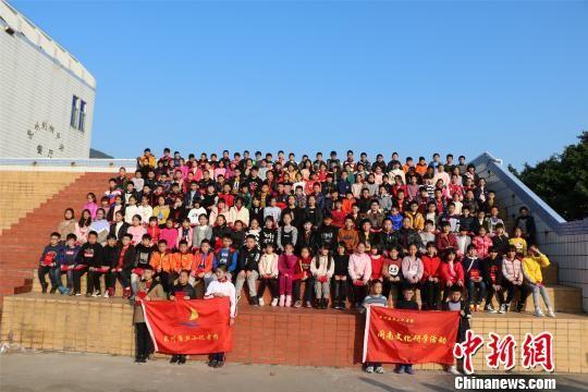 2019?闽南文化寒假研学活动吸引了泉州十余所中小学校的近200名学生参与。 陈龙山 摄