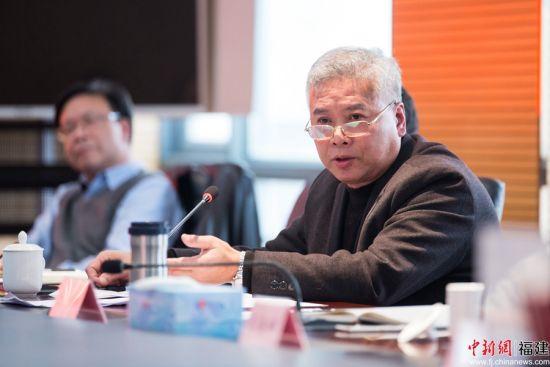刘传标呼吁福建要建设具有自身特色的海洋学科,从而为船舶工业输送人才,发展壮大福建船舶工业。李南轩 摄