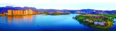 环东湖生态景观圈,已成为宁德中心城区一道最美的风景。 谢书秋 摄