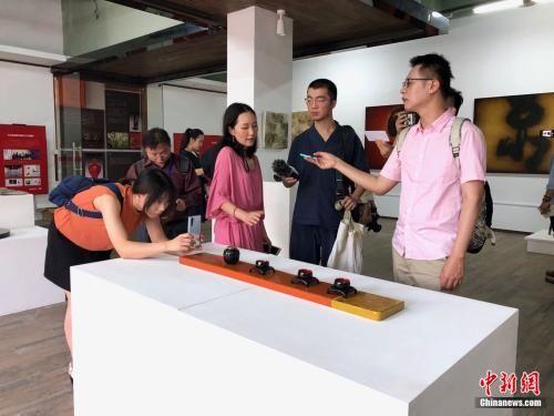 福州海峡创意产业园:台青来创业 网红店集聚
