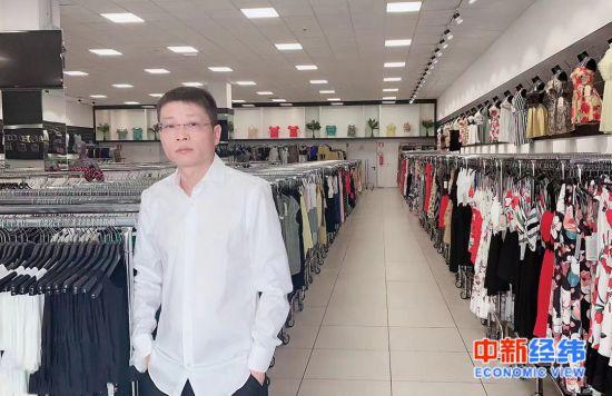 意大利威尼托华侨华人工商联合会第一常务副会长杨胜丰 受访者供图