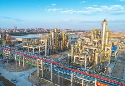 临港产业园纺织化纤新材料项目 许武 摄