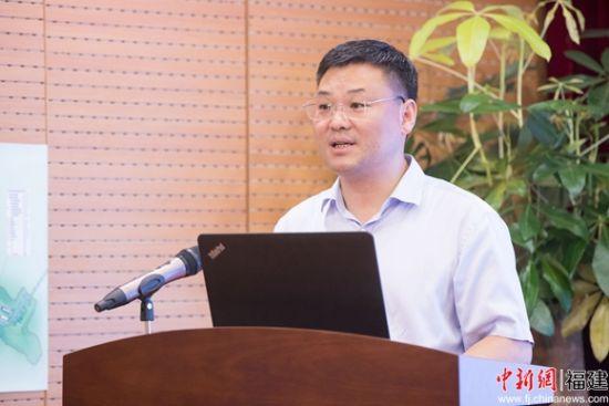 5、魏东在会上进昌都市委、市政府及各有关部门将全力支持福建国企在昌都的投资兴业。李南轩 摄