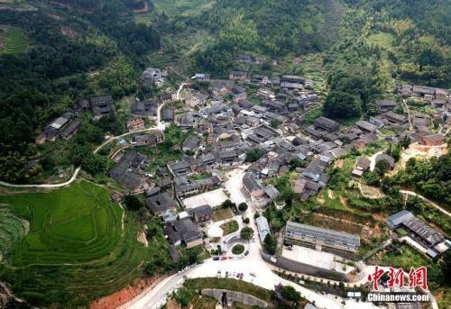 """资料图:福建省三明市尤溪县洋中镇一个叫""""桂峰""""的小村落。王东明 摄"""