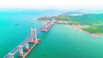 平潭海峡公铁两用大桥 念望舒 摄