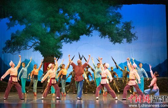 上海芭蕾舞团的舞剧《白毛女》在泉州大剧院连演两场。