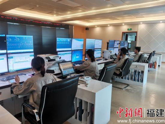 福建宁化保电忙,提高输变电设备运行可靠水平。