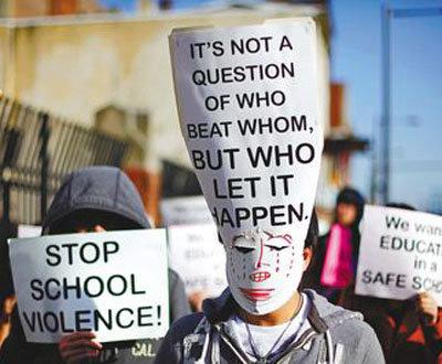 费城华裔亚裔遭群殴暴力抗争罢课反高中反在尽头漫画图片