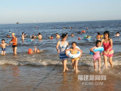 福建东山岛喜迎旅游高峰期 日接客超1万人次