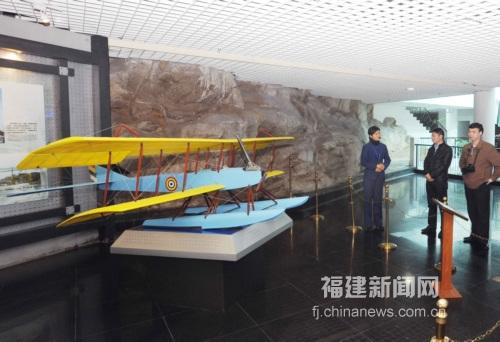 中国第一驾飞机——甲型一号双桴双翼水上飞机模型