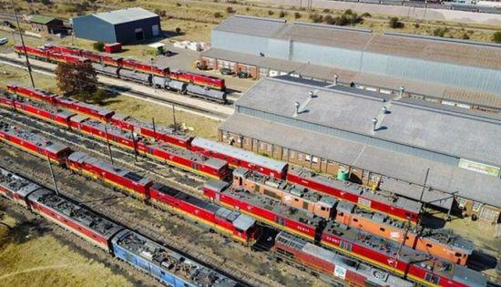 金砖合作机制为轨 澳门网上博彩娱乐官网机车开到南非