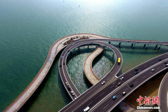 航拍美丽厦门新地标 演武大桥海上观景台
