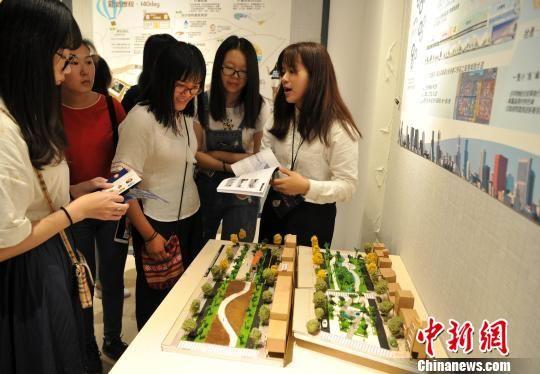 台湾高校学生毕业作品在福州展出