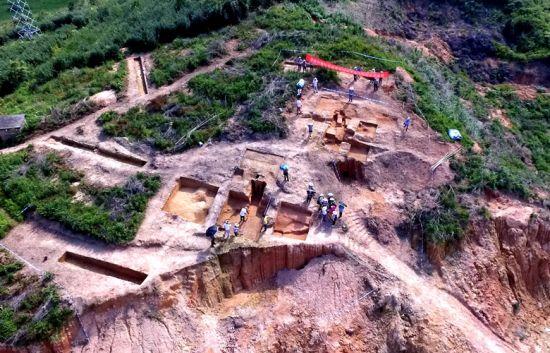航拍福建永春苦寨坑窑址 探秘尘封千年的原始瓷