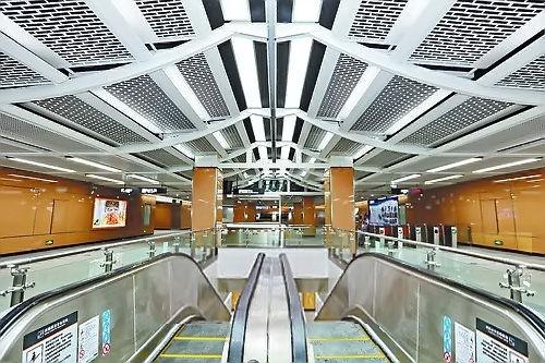 厦门地铁1号线车站首露真容