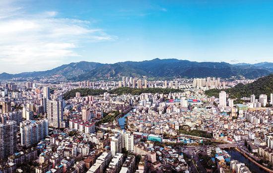 龙岩:中心城区变化大