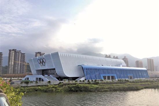 宁德体育中心体育馆建成