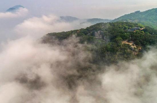 航拍泉州清源山:云起时,烟波缥缈似仙境